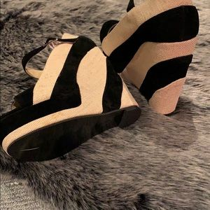 Shoes - Striped Black and Tan wedge fits like a 7.5